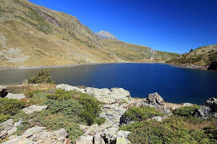 Lac et refuge d'Ilhéou