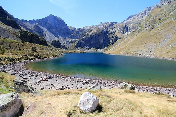 Lac d'Ilhéou depuis le refuge