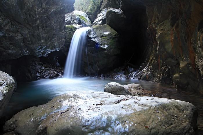 Cascade dans les gorges de Kakuetta