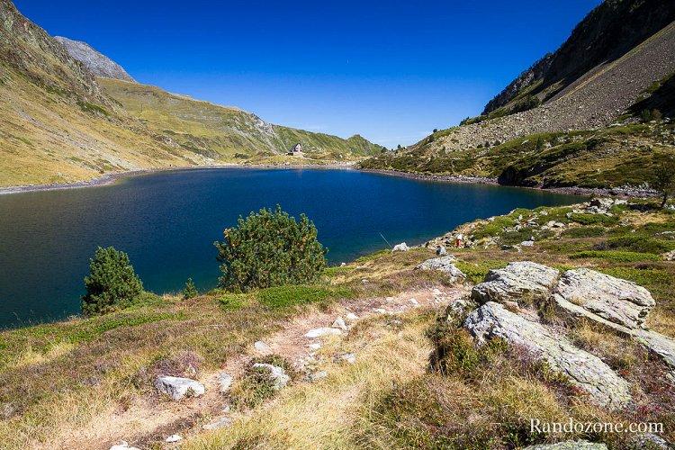 Lac d'Ilhéou et son refuge