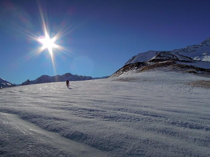 Sortie en raquettes à neige dans les Pyrénées, col de Pourteillou