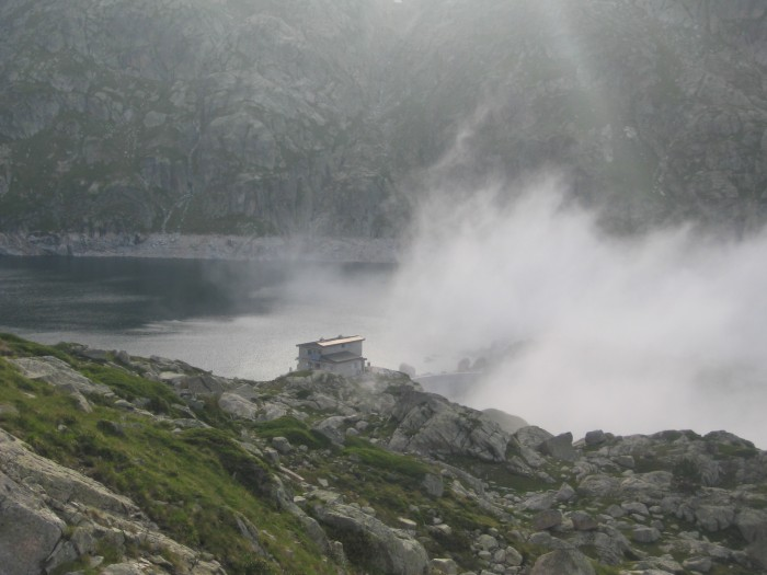 le refuge au bord du lac