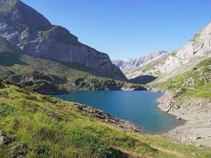 Lac et barrage des Gloriettes, au retour du Cirque d'Estaubé, Pyrénées