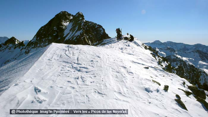 Picos de Las Neveras