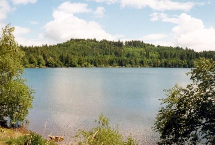 Le Lac du Bouchet Saint Nicolas