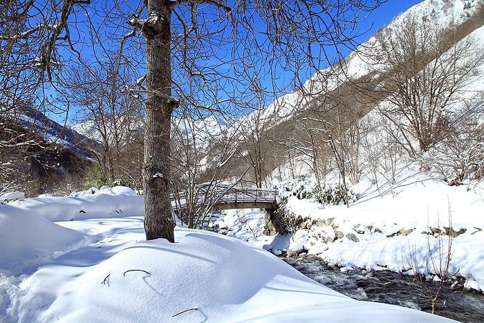 Randonnée dans la neige près de Barèges