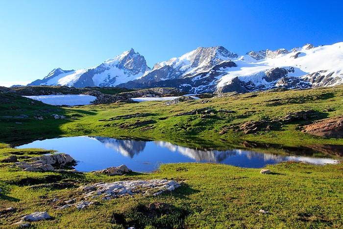 Un des lacs du plateau d'Emparis