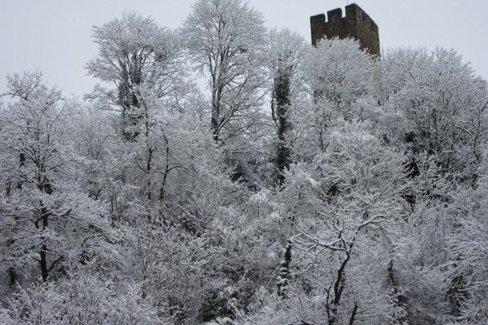 Château de Luz Saint Sauveur sous la neige