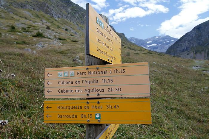 Début de la randonnée vers la cabane des Aguilous