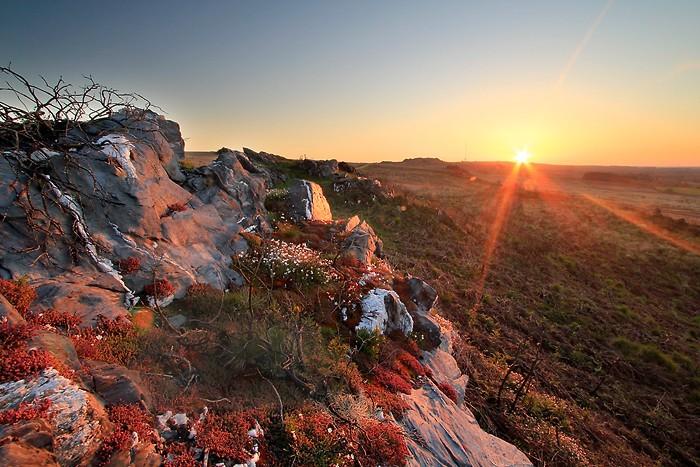 Le soleil se lève sur les Monts d'Arrée
