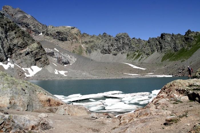 Lac de l'Eychauda, Alpes, randonnée dans le Parc des Ecrins