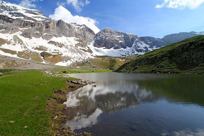 Premier lac avant le grand lac des Aires