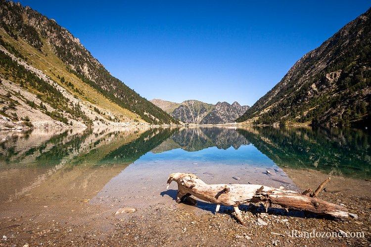 Lac de Gaube au mois de septembre 2007