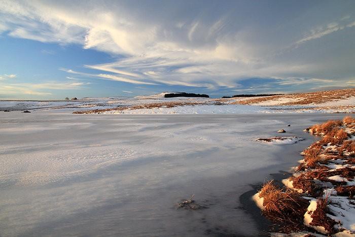 Au bord du lac des Moines en Aubrac