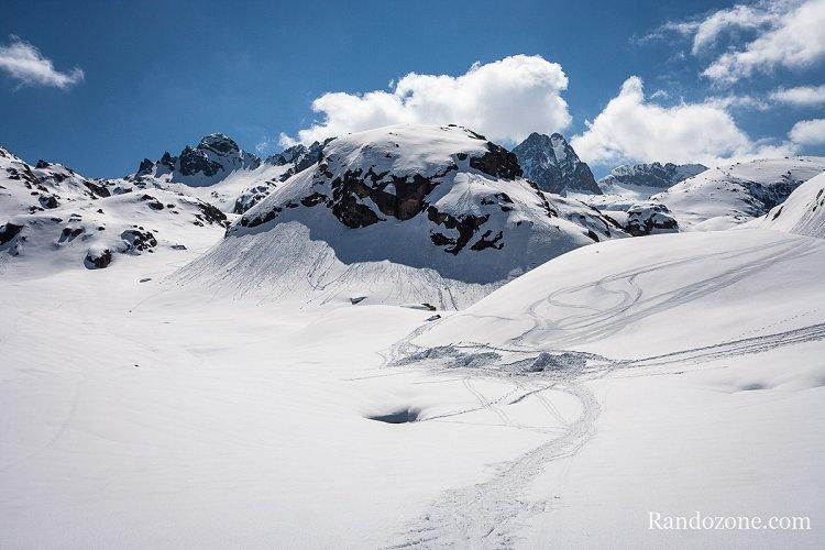 Ski de randonnée : Sortie igloo au lac de la Glère