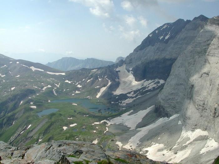 Lacs de Barroude vus de la Hourquette de Chermentas