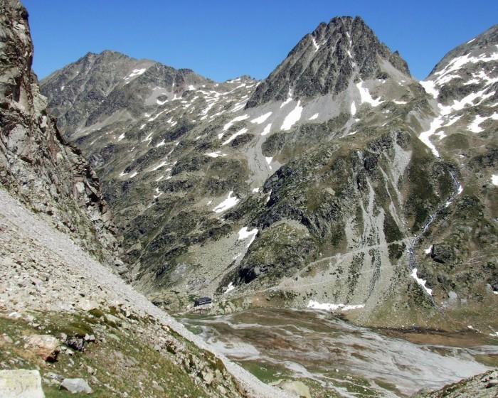 Refuge des Oulettes de Gaube, pic et col d'Arraillé