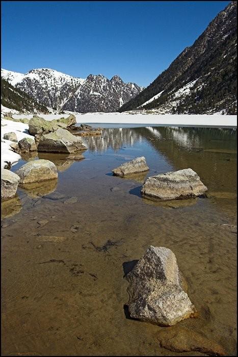 Lac de Gaube en avril 2008