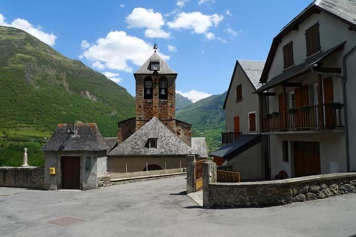 Eglise de Sazos