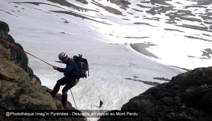 Rappel au Mont Perdu