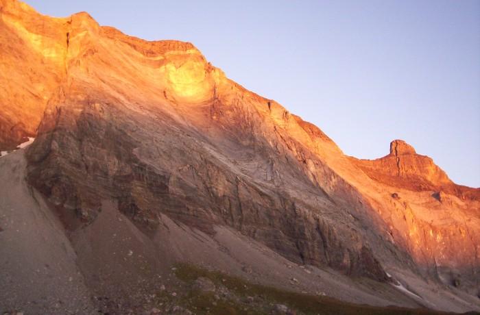 lever du soleil sur la muraille de barroude