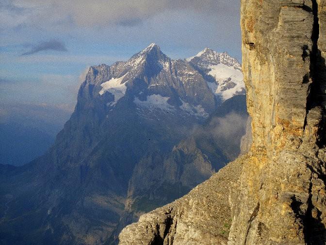 En soirée, vue sur le Wetterhorn (3692 m)