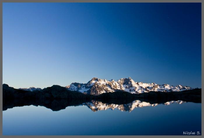 Lever de Soleil sur le massif de Belledonne