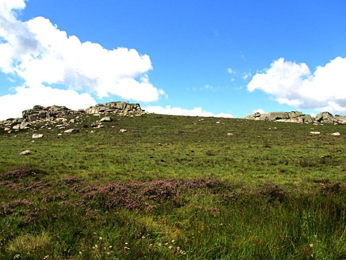 Randonnée VTT en Aubrac, près de Laguiole, sur le PR du Montarquié