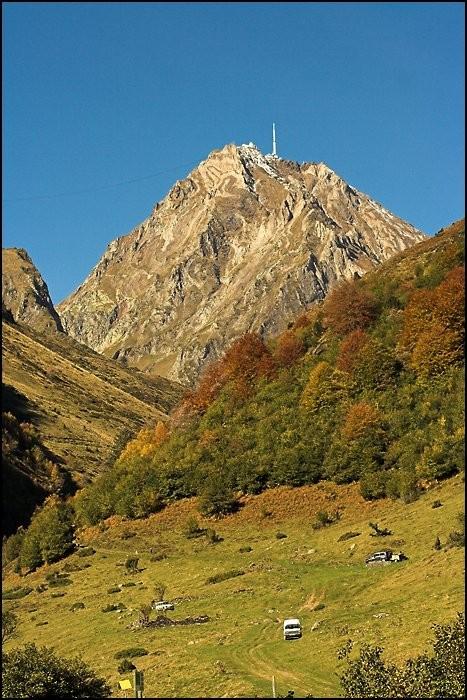 Pic du Midi de Bigorre en automne
