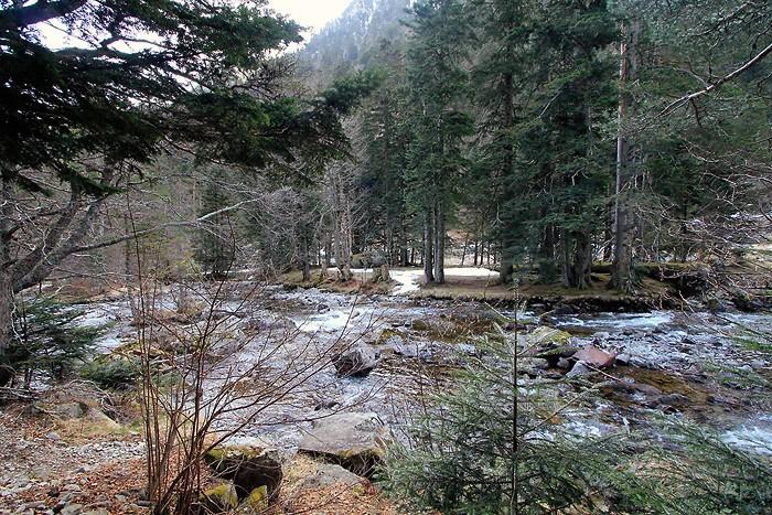 Sur le chemin des cascades dans les Hautes Pyrénées