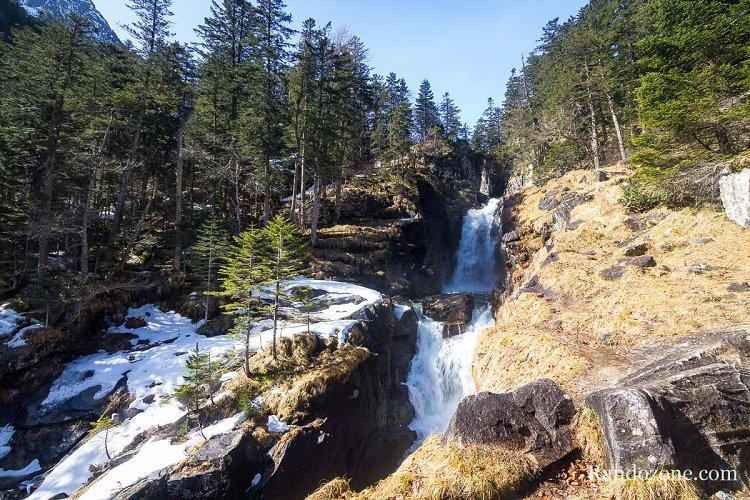 Cascade de Boussès dans les Hautes-Pyrénées