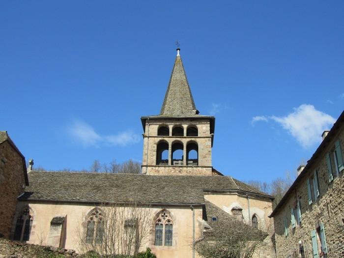 Eglise gothique d'Ampiac