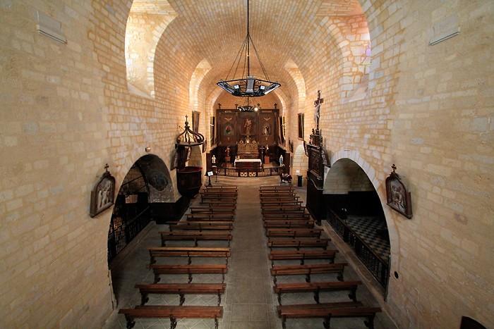 Intérieur de l'église de Domme