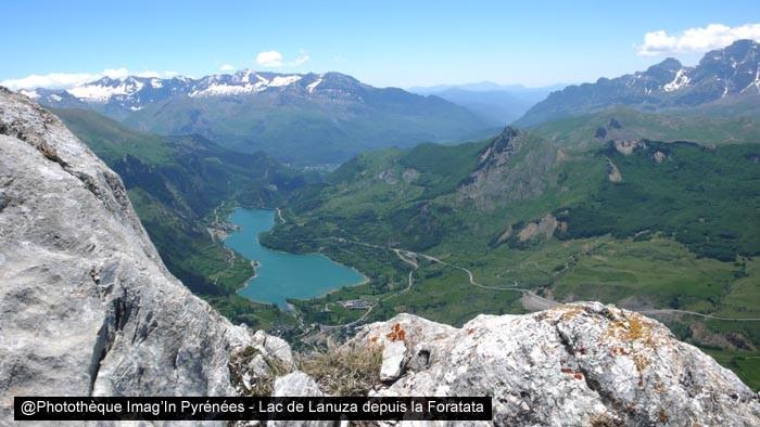 Lac de Lanuza depuis la Foratata