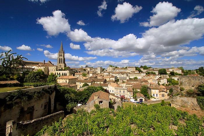 Saint-Emilion depuis le pied du donjon