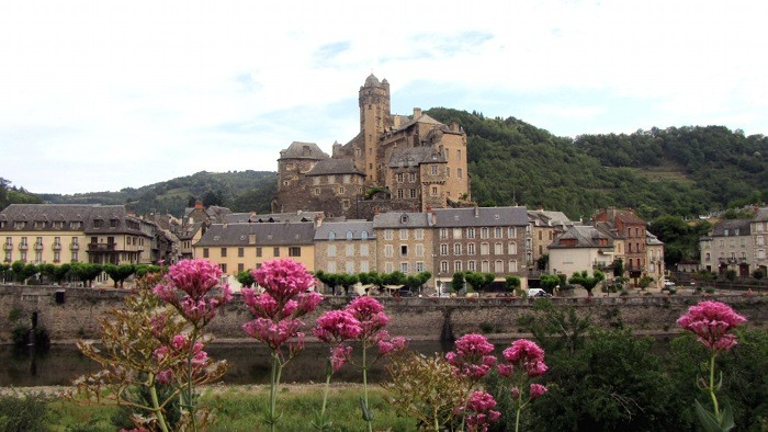 Estaing, classé parmi les plus beaux villages de France