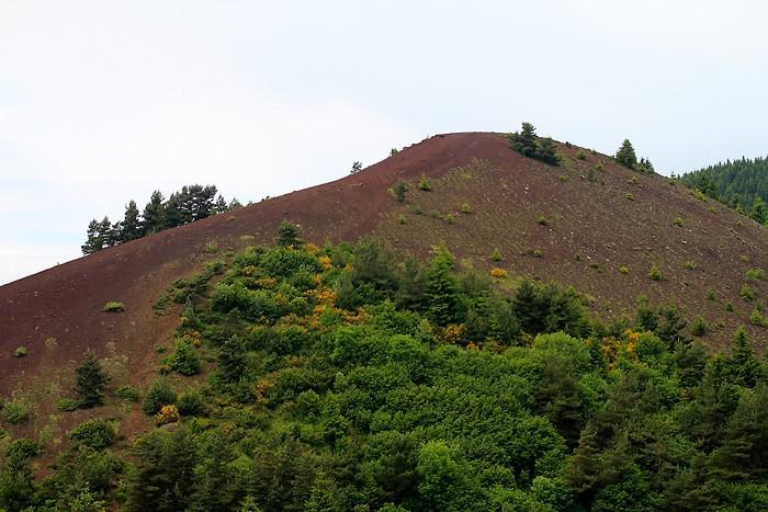 Puy de Lassolas depuis le Puy de la Vache