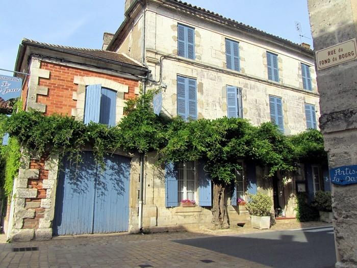 Maison à St Jean de Cole