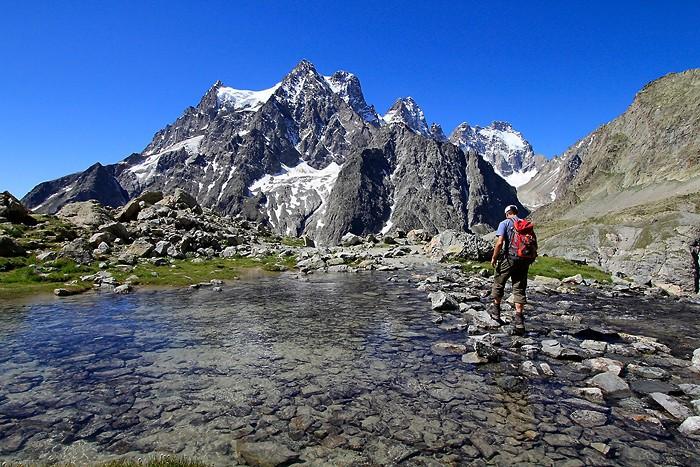 Descente du refuge du Glacier Blanc