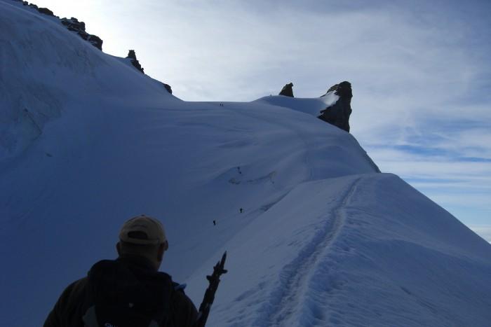 A 1 H30 du sommet