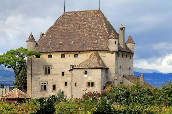 Château d'Yvoire au bord du lac Léman