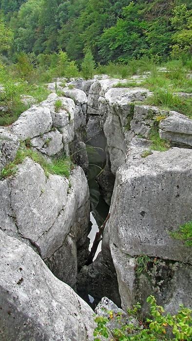 Les Pertes de la Valserine dans l'Ain