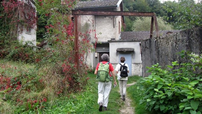 Randonneurs dans le Jura