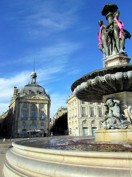 La Place de la Bourse et la Fontaine des 3 Graces, à Bordeaux