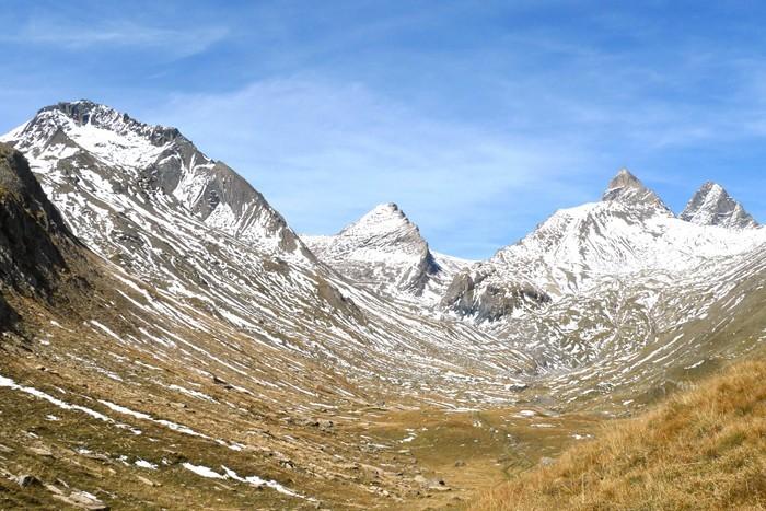 Col Lombard et Aiguille du Goléon dans les Alpes