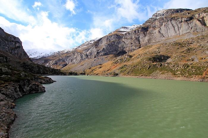 Lac des Gloriettes depuis le barrage