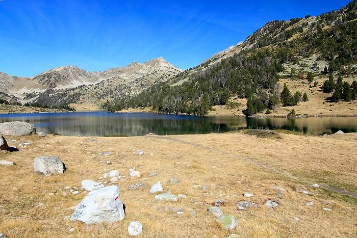 Balade le long du lac d'Aumar