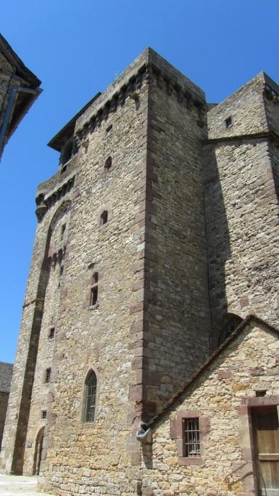 Derrière de l'église de Sainte Radegonde, Aveyron, 12