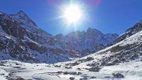 Randonnée raquettes dans la Vallée de Gaube jusqu'au refuge