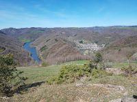 Estaing, la vallée et le Lot